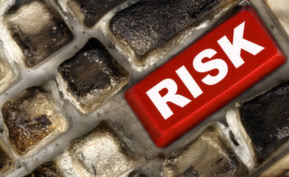 Risks and Solutions When Cloud Computing
